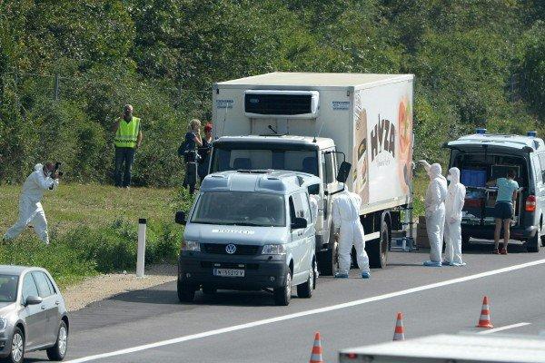 Das Flüchtlingsdrama von Parndorf schockierte damals die Menschen in und außerhalb von Österreich.