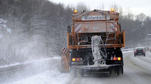 Wintereinbruch sorgte für Behin-derungen im Großraum von Wien