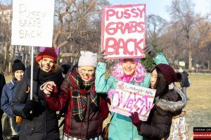 2.500 Demonstranten beim Women's March in Wien: Fotos