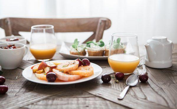 Manche Lebensmittel sollte man nicht zum Frühstück essen.