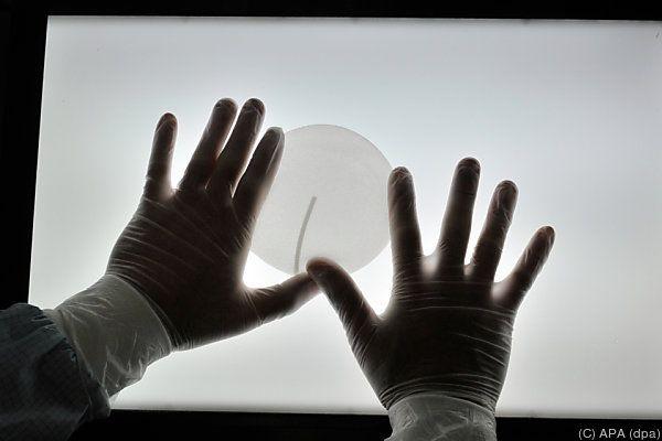 Die Brustimplantate der Firma Poly Implant Prothese wiesen Mängel auf