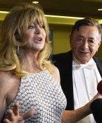 """Goldie Hawn präsentiert Opernballkleid: """"Bin vielleicht eine Grande Dame"""""""