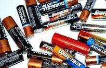 So entsorgen Sie Batterien & Akkus richtig