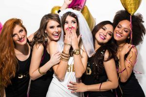 "Planung des Polterabends mit ""Bachelorette Party"""