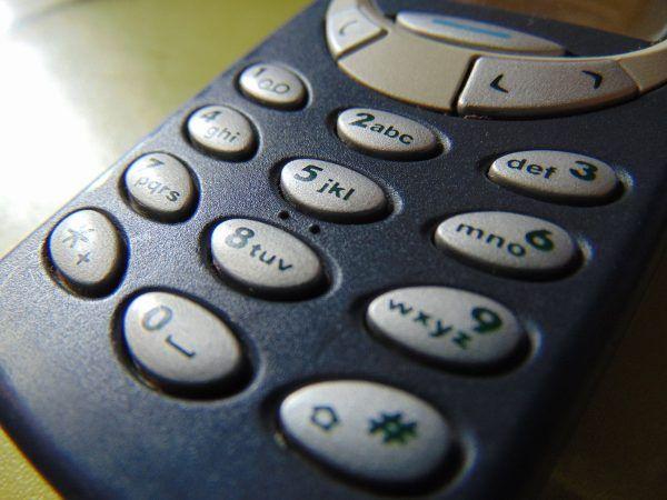 Das Nokia 3310 soll noch im Februar ein Revival erleben.