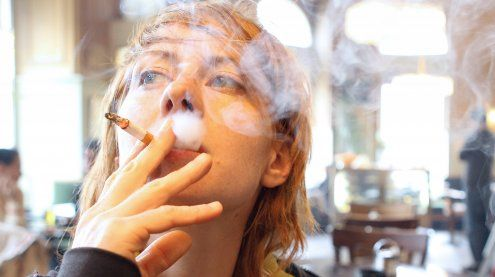 Rauchverbot für Unter-18-Jährige rückt näher – Positive Reaktionen