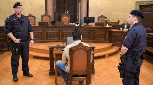 Auf Burschen geschossen: Mann vor Gericht schuldig gesprochen