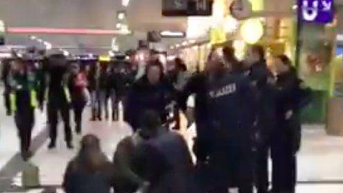 Mehrere Verletzte: Axt-Attackeam Düsseldorfer Hauptbahnhof