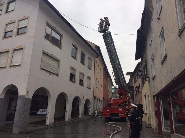 Bei einem Brand am Samstag in der Bludenzer Innenstadt wurde eine Person verletzt.
