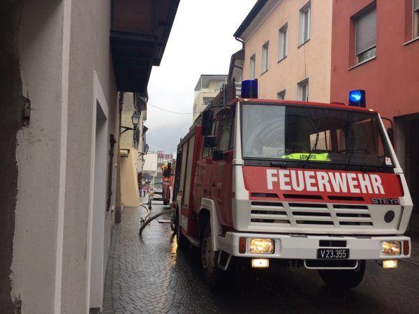 Am Samstagmittag geriet eine Abstellkammer eines Gebäudes in der Kirchgasse in Bludenz in Brand.