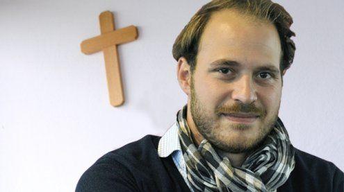 NEOS wollen religiöse Symbole auch aus Gerichten verbannen