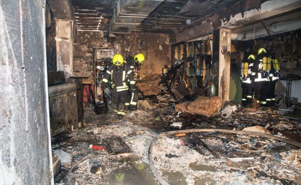 Die Pizzeria brannte bei der Explosion komplett aus.