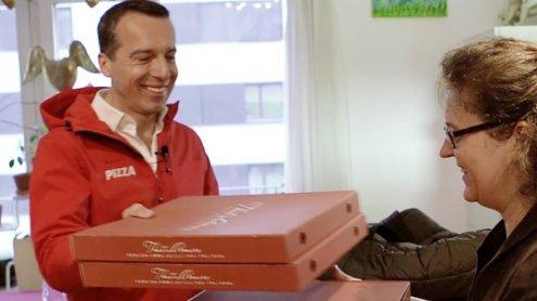 Bundeskanzler Kern als Pizzabote