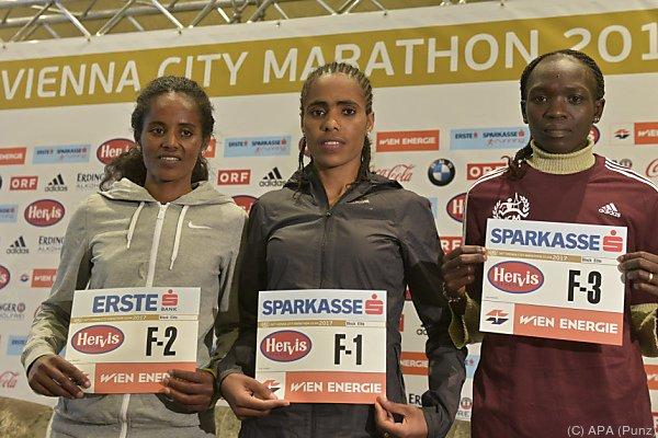 Die Favoritinnen Mengistu, Genemo und Kiprop (von links)
