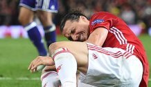Ibrahimovic fällt wegen Knieverletzung lange aus