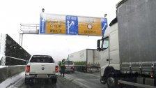 Wintereinbruch im April: Autobahnsperren in NÖ