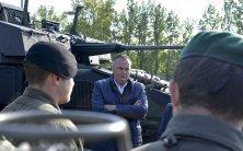 """Neue Panzer um 105 Mio. Euro: """"Schusslinie 1"""""""