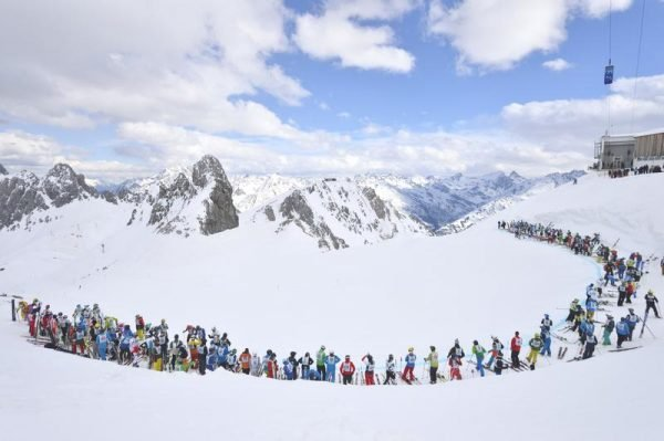 Weißer Rausch am Arlberg mit Massenstart von 555 Athleten