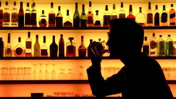 """Erste """"Dialogwoche Alkohol"""" informiert und spricht über Tabuthema"""