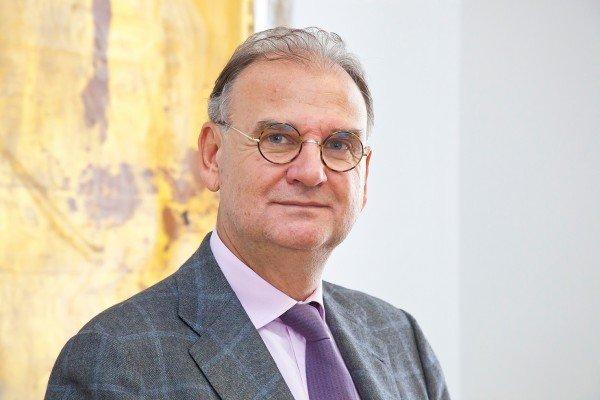 Wolfgang Fleischhacker ist am Mittwoch in einer außerordentlichen Sitzung des Universitätsrates zum neuen Rektor der Medizinischen Universität Innsbruck gewählt worden.
