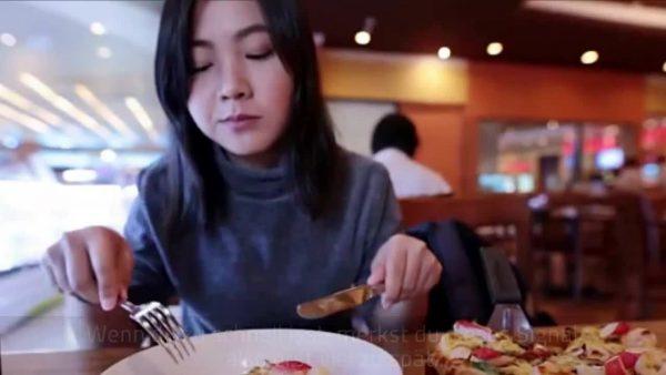Mit diesem Besteck-Trick isst du automatisch weniger