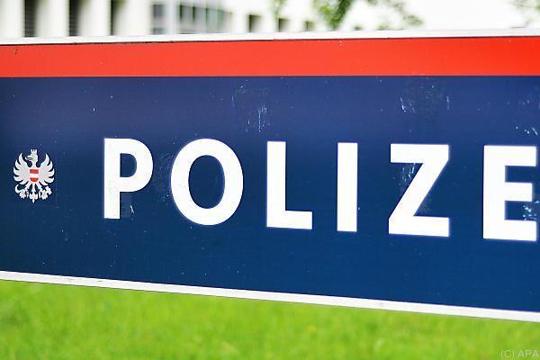 Die Polizei kündigte genauere Informationen zu den Fällen an