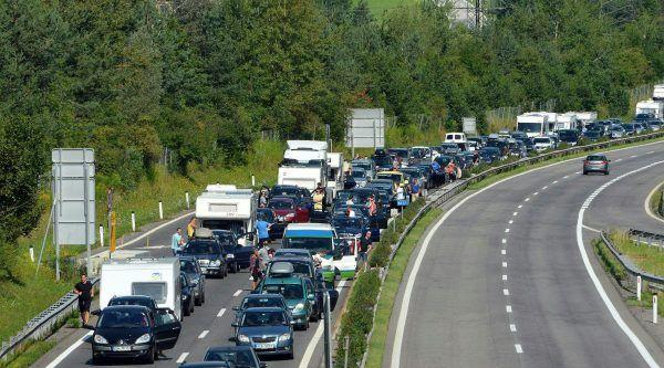 Gute Nerven werden die Autofahrer am kommenden Wochenende brauchen.