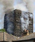 Nach Hochhaus-Brand in London: Sängerin Adele besuchte Feuerwehrleute
