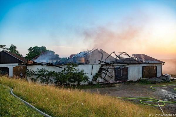 15 Feuerwehren waren im Einsatz
