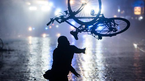 Schwerer Unfall: Fahrradfahrer aus Wien hat unfassbares Glück