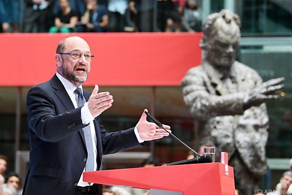 SPD-Kanzlerkandidat Schulz geht in die Offensive