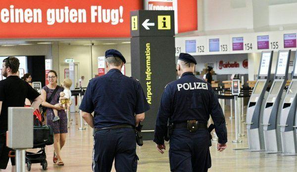Am Wiener Flughafen entkamen zwei Schubhäftlinge