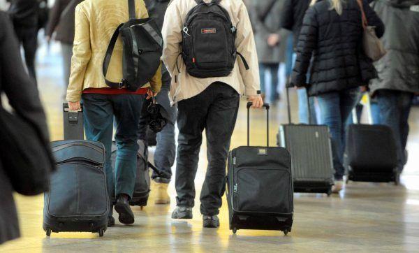 Hilfe gibt es bei verspäteten, überbuchten oder gestrichenen Flügen oder verlorenem Gepäck