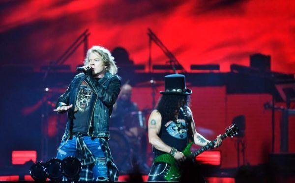 Hofer hat Restkarten für das Guns N' Roses-Konzert in Wien.