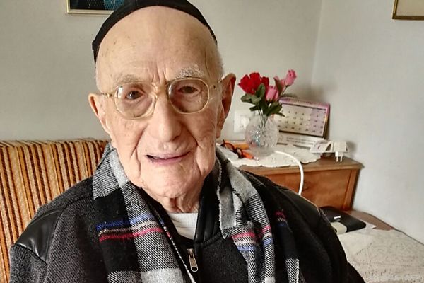 Israel Kristal aus Haifa wurde 113 Jahre alt