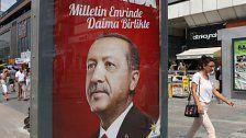 Erdogans AKP feiert 16-jähriges Bestehen