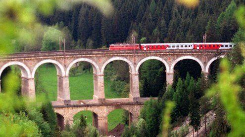 Semmering-Bahnstrecke: Start der Sanierung; Sperre bis Oktober