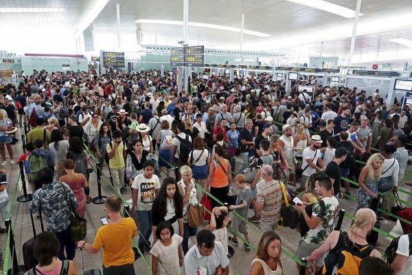 Ab Montag tritt das Sicherheitpersonal am Flughafen in Barcelona in den Streik.