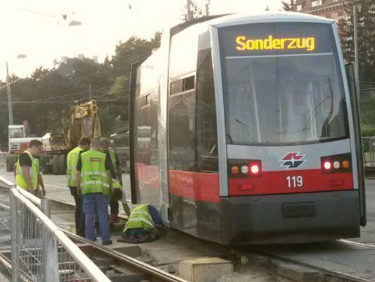 Defekte Straßenbahn Der Linie 49 In Wien Penzing Leserreporter