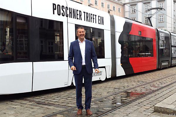 Poschner kam mit eigens markierter Straßenbahn zur Probe