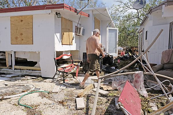 Eine Spur der Verwüstung zieht sich durch Florida