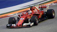 Vettel in Singapur vor Red Bulls auf Pole Position