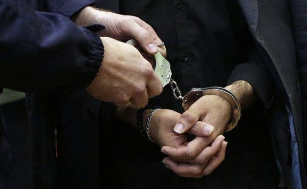 Es kam zu zwei Festnahmen polizeilich gesuchter Personen