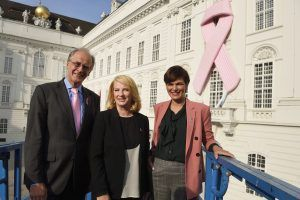 Internationaler Brustkrebstag in Wien: Pink Ribbon hängt heuer an der Hofburg
