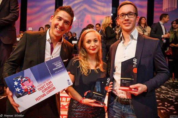 Helene Roba und Dominik Mikes wurden beim WebAd ausgezeichnet.