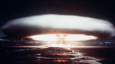 Sowjetunion: Zündung einer Mond-Atombombe
