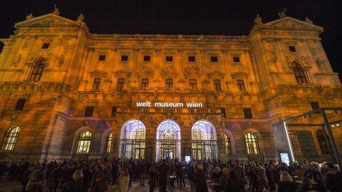 Weltmuseum:7.500 Menschen bei Eröffnungsshow am Heldenplatz