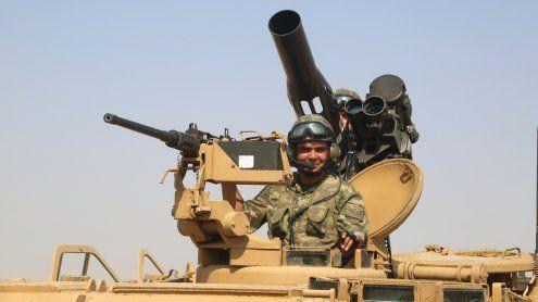 Syrien: Türkei marschiert ein, und rechnet mit schweren Gefechten