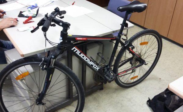 Die Polizei sucht nach dem Besitzer dieses Rads.