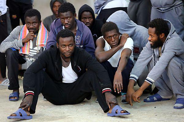 Viele Migranten drängen auf den Arbeitsmarkt